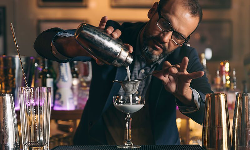 Shake It Up In Style: Which Cocktail Shaker Should You Buy?