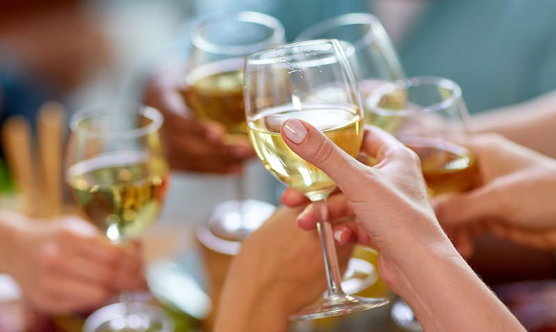 White Wine Glasses- Buying Guide and Reviews